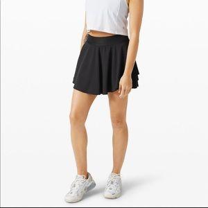 Lululemon Black High Rise Court Rival Tall Skirt 6